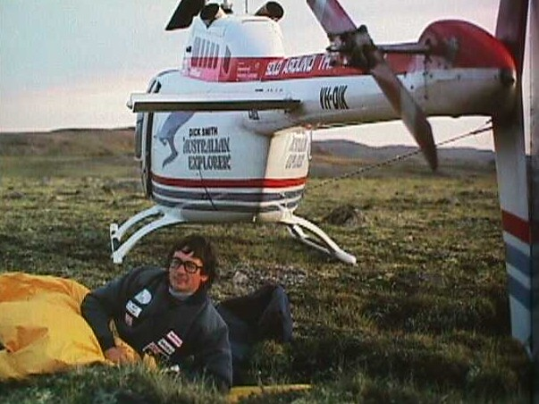 Dick smith solo helicopter flight